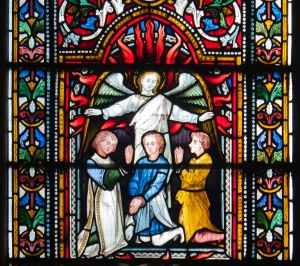 Dublin_Christ_Church_Cathedral_South_Aisle_Window_Shadrach_and_Daniel_Detail_Fiery_Furnace_2012_09_26